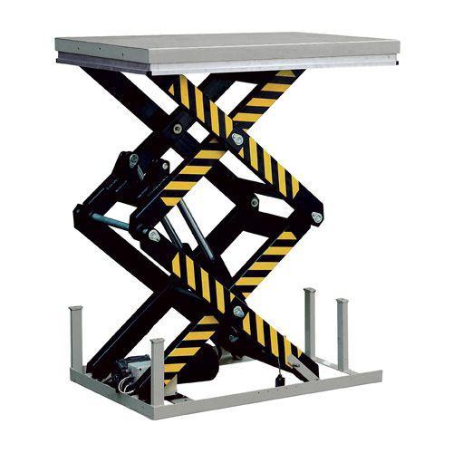 Løftebord med lodret dobbeltsaks